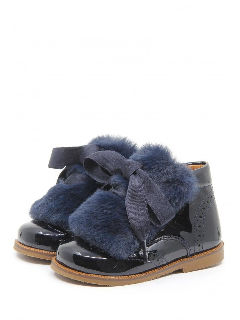 1555 FURRY LACED BOOTIES