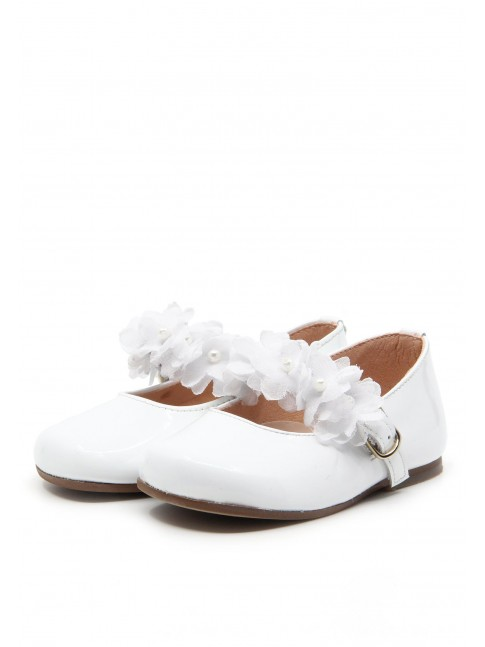 1168 WHITE PATENT MARY JANES FLOWERS
