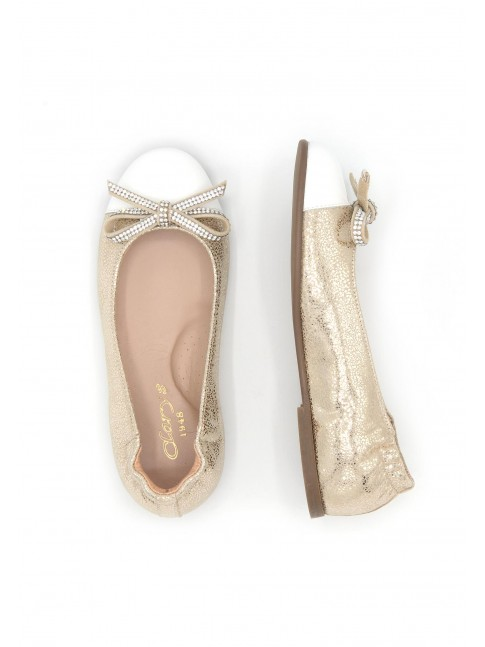 4666 GOLDEN COMMUNION BALLERINAS WITH BOW